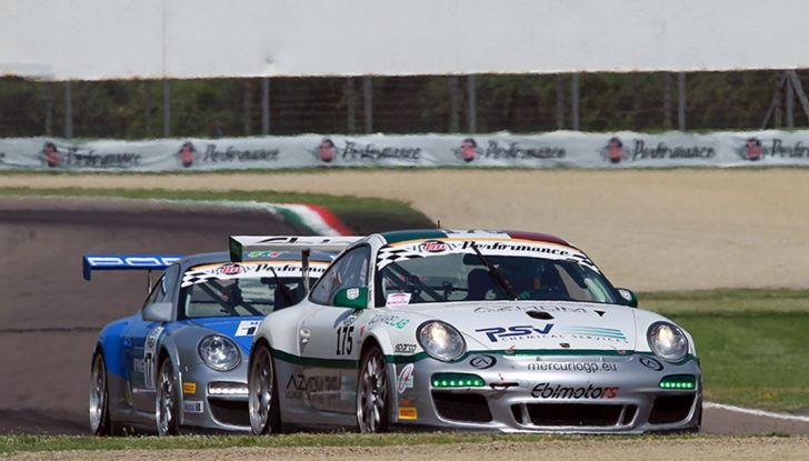 Campionato Italiano Gran Turismo: gara difficile per Tommy Maino - Foto 2 di 6