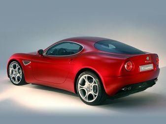 Alfa Romeo - 8C