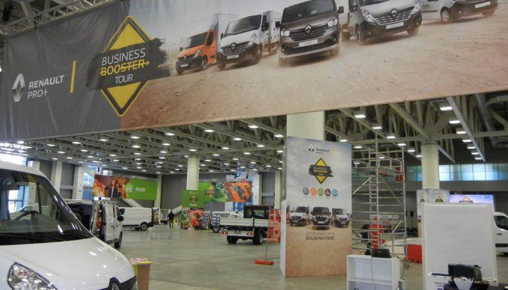 Renault lancia il Business Booster Tour 2016 - Foto 22 di 27
