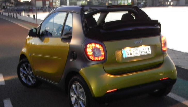 Nuova Smart Fortwo Cabrio: il nostro test drive - Foto 28 di 44