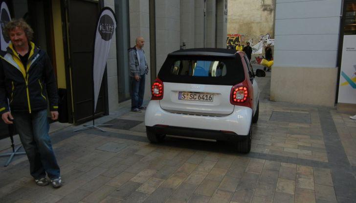 Nuova Smart Fortwo Cabrio: il nostro test drive - Foto 34 di 44