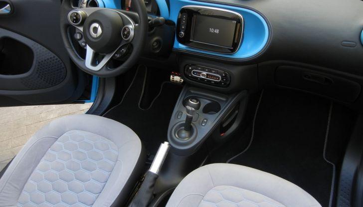 Nuova Smart Fortwo Cabrio: il nostro test drive - Foto 39 di 44