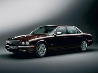 Jaguar - Daimler Super Eight