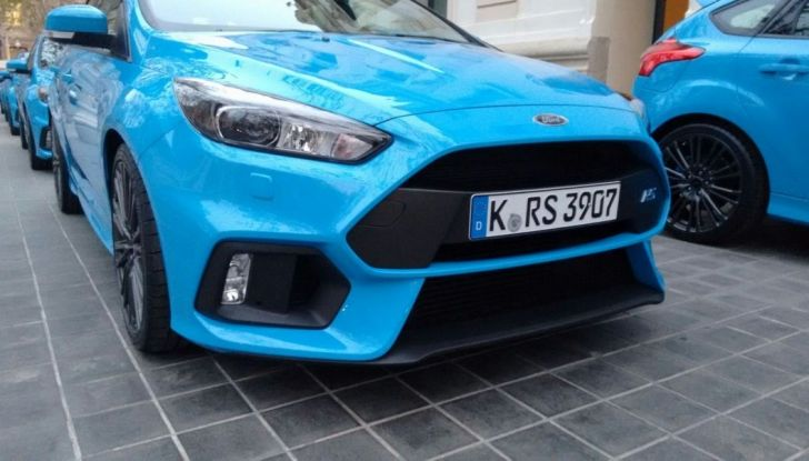 Ford Focus RS equipaggiata Michelin, frontale.