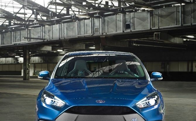 Ford-Focus RS 2016, frontale.