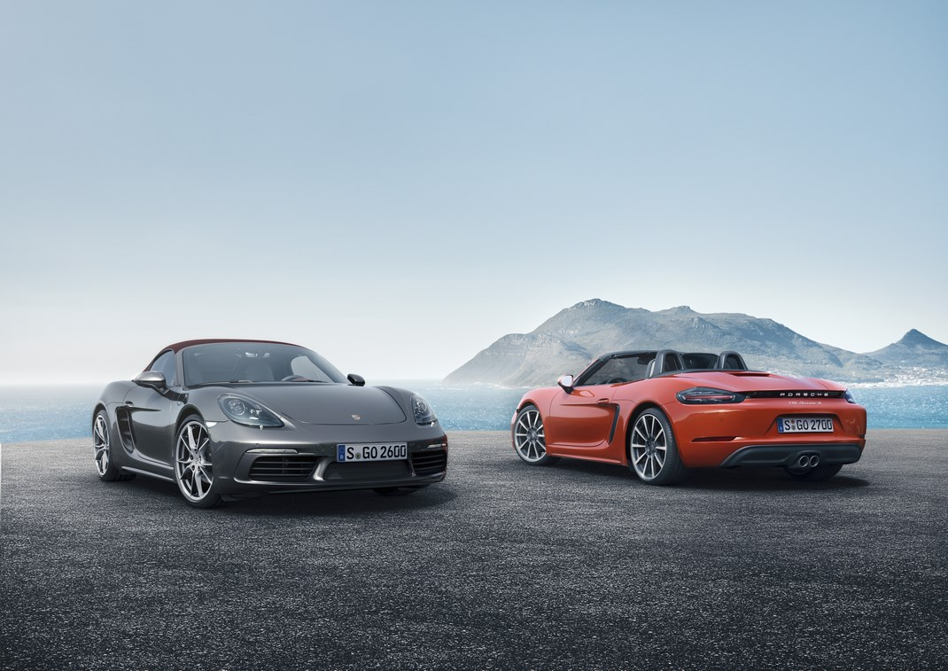 Nuova Porsche Boxster, addio al sei cilindri