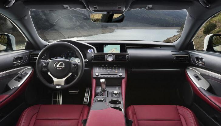 Lexus RC Hybrid pronta al lancio - Foto 9 di 12