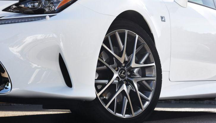 Lexus RC Hybrid pronta al lancio - Foto 7 di 12