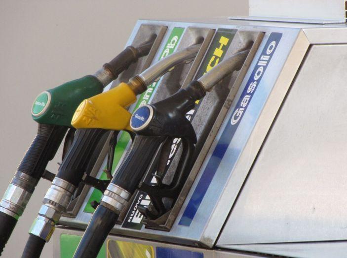 Fattura elettronica benzina: tutto rinviato al 2019 - Foto 8 di 10