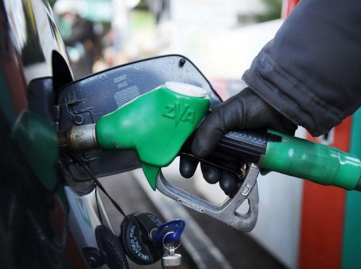 Scheda carburante: ecco come funziona! - Foto 1 di 10