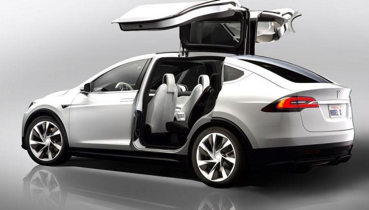 Tesla Model X è ora vegan-friendly - Foto 1 di 6