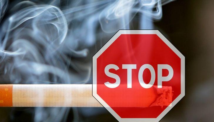 Stop al fumo in auto con minori e donne incinta - Foto 6 di 8