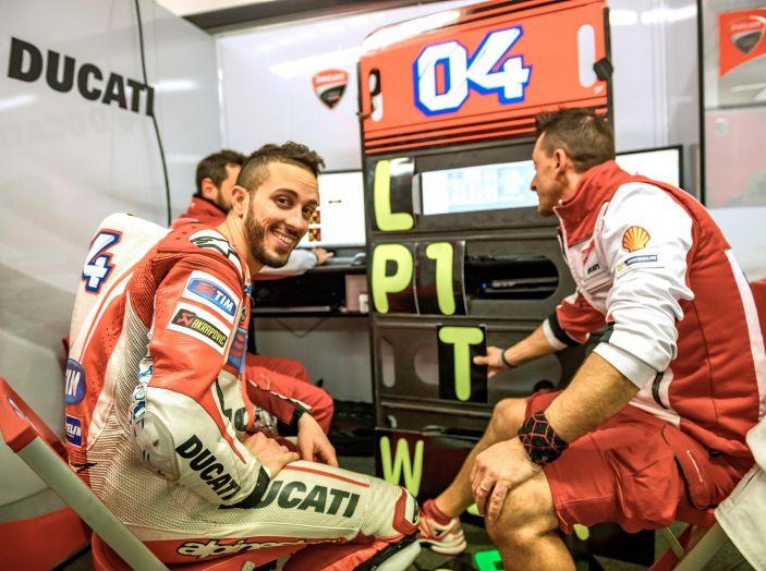 Test MotoGP a Phillip Island, Day3: Marquez mette tutti in fila, paura per Lorenzo - Foto 2 di 20