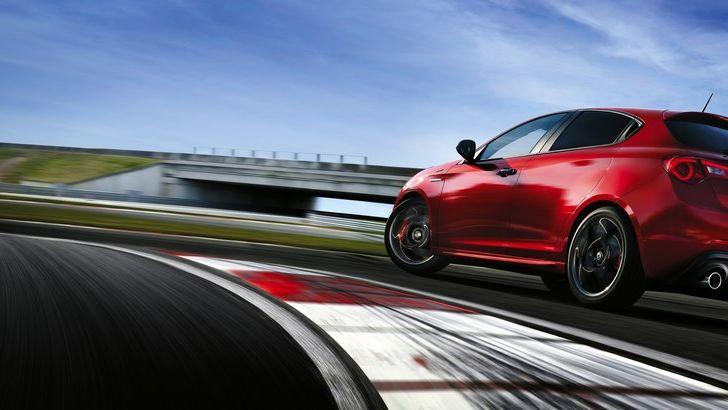 Prova e vinci con Infiniti Q30, Toyota RAV4 e Alfa Romeo Giulietta - Foto 2 di 20