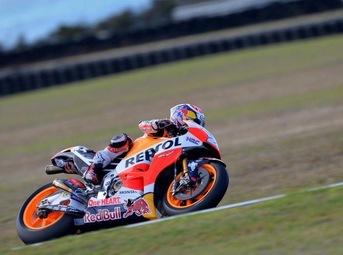 Test MotoGP a Phillip Island, Day3: Marquez mette tutti in fila, paura per Lorenzo - Foto 8 di 20