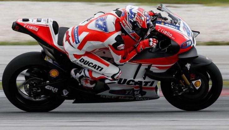 Ducati e Casey Stoner, perché sono saltati i test in Qatar? - Foto 1 di 8