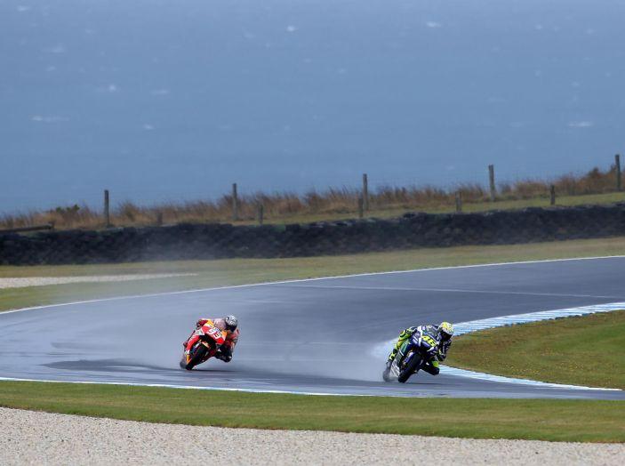 Test MotoGP a Phillip Island, Day3: Marquez mette tutti in fila, paura per Lorenzo - Foto 17 di 20