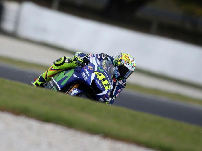 Test Phillip Island, Day2: torna il sole sulla MotoGP 2016 - Foto 5 di 30
