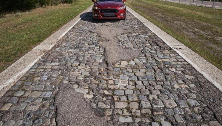 Centro Prove Ford di Lommel, la strada più accidentata del mondo! - Foto 5 di 11