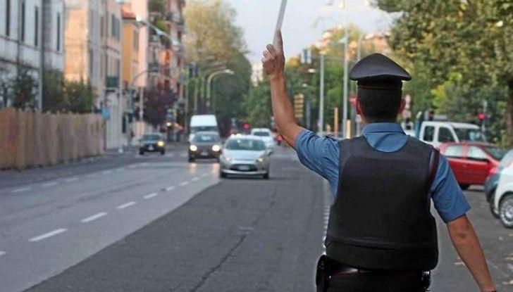 La patente di guida italiana è fuori norma per l'Unione Europea - Foto 8 di 11