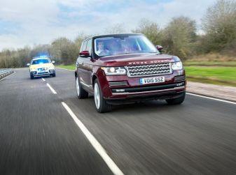 Jaguar Land Rover sperimenta i sistemi di connessione e le tecnologie di guida autonoma