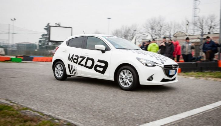 Mazda 2: la piccola ammiraglia che non rinuncia a nulla - Foto 11 di 32