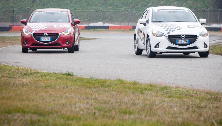 Mazda 2: la piccola ammiraglia che non rinuncia a nulla - Foto 13 di 32