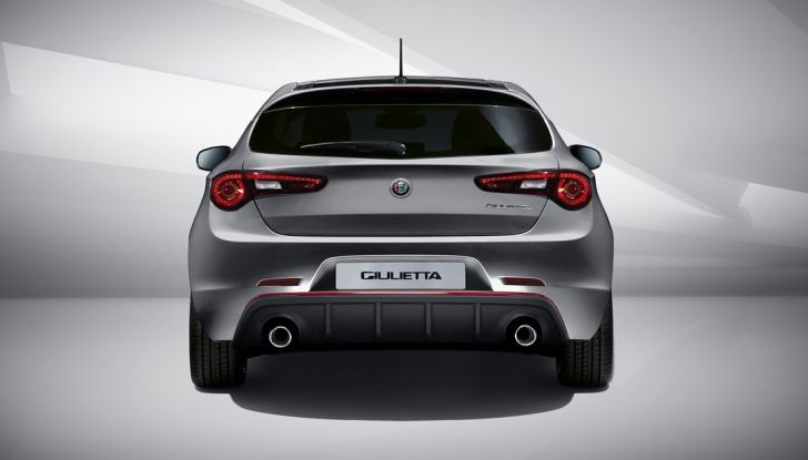 Nuova Alfa Romeo Giuletta prova su strada