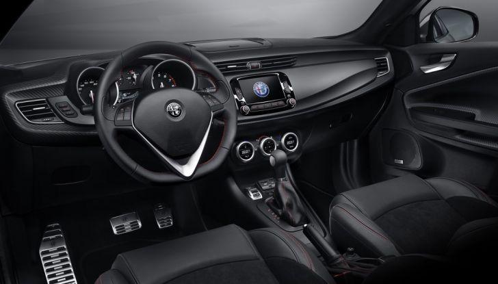 Nuova Alfa Romeo Giulietta 2016 prova strada prezzi motori informazioni tecniche plancia