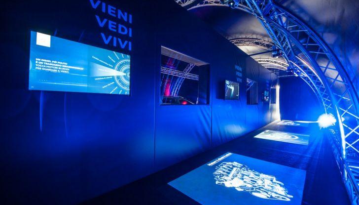 Peugeot presenta Best Technology Experience: video a realtà virtuale per i  test drive - Foto 5 di 10
