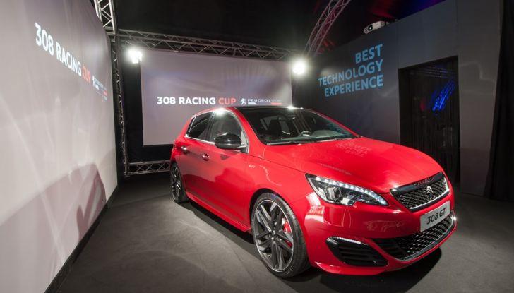 Peugeot presenta Best Technology Experience: video a realtà virtuale per i  test drive - Foto 3 di 10