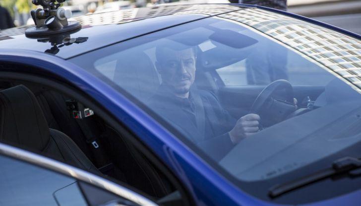 Peugeot presenta Best Technology Experience: video a realtà virtuale per i  test drive - Foto 6 di 10