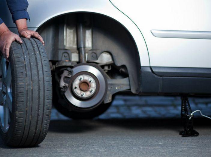 Auto, sicurezza e risparmio passano anche dalle gomme - Foto 2 di 10