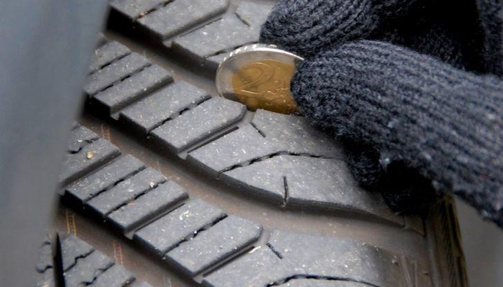 Come riconoscere una ruota danneggiata e quando sostituirla - Foto 8 di 10