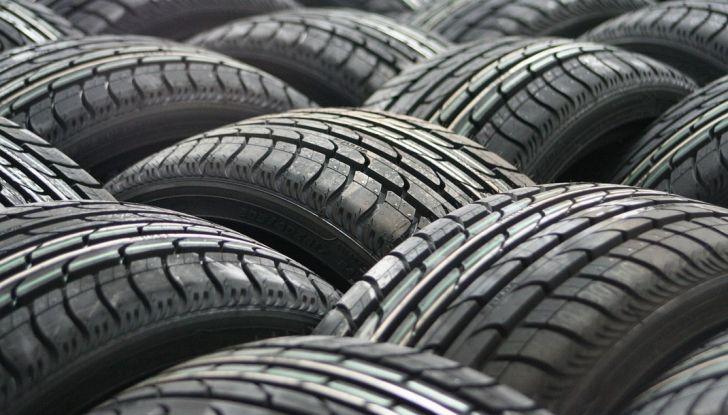 Come mantenere gli pneumatici in perfetta efficienza - Foto 1 di 10