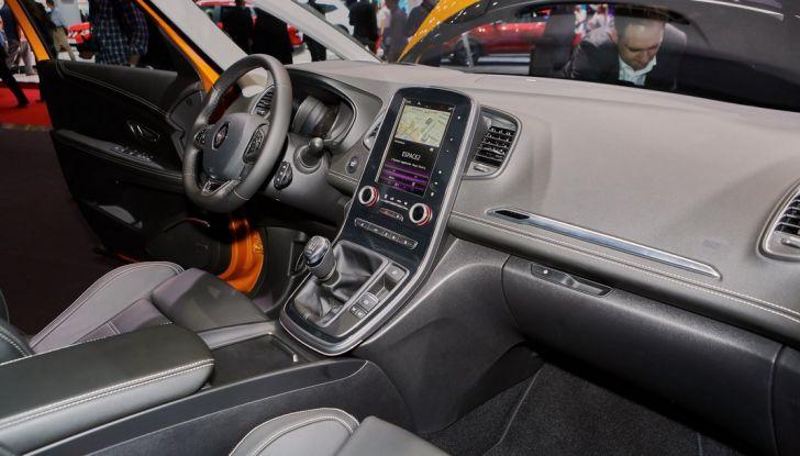 Nuova Renault Scenic: presentazione ufficiale e primi dati tecnici - Foto 15 di 29