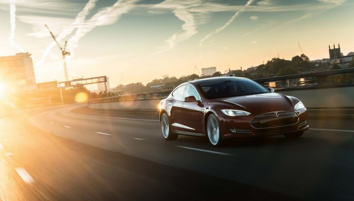 Tesla Revolution 2016 - Foto 2 di 6