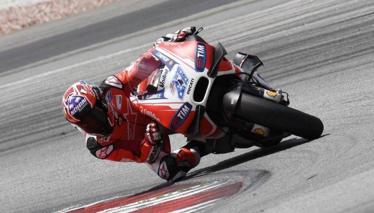 Ducati e Casey Stoner, perché sono saltati i test in Qatar? - Foto 2 di 8