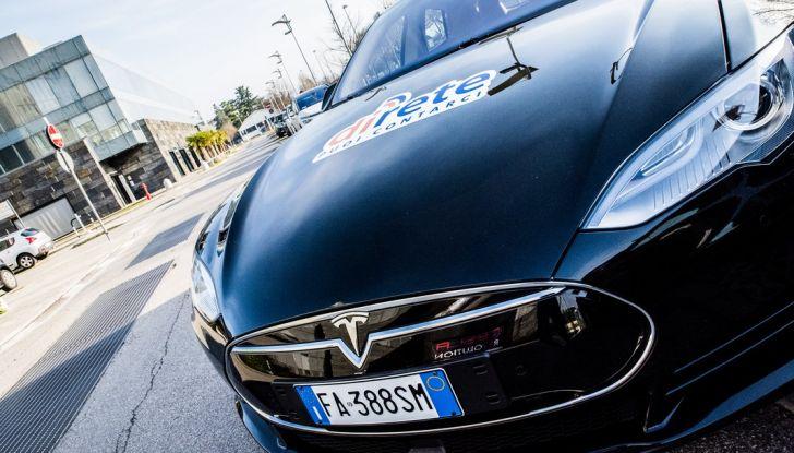 Tesla Revolution 2018: le elettriche di Musk riunite a Torino - Foto 3 di 30