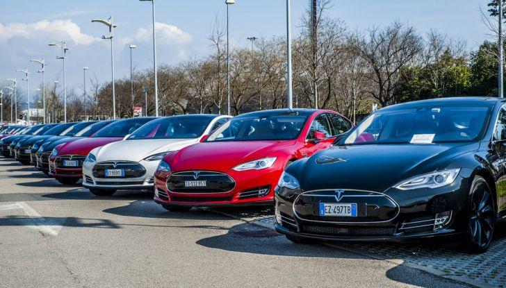 Tesla Revolution 2018: le elettriche di Musk riunite a Torino - Foto 5 di 30