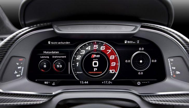 Audi R8 V10 cruscotto