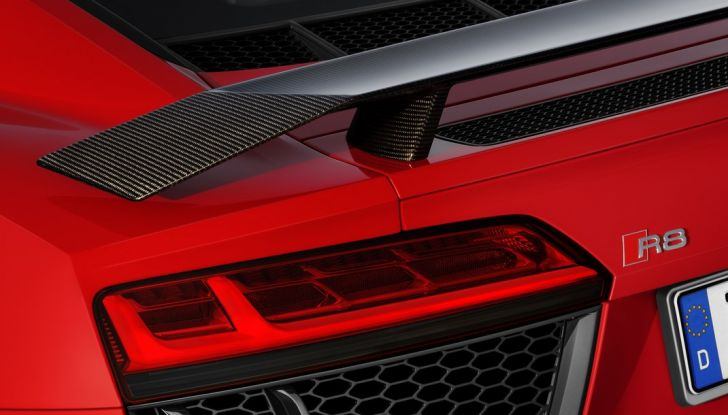 Audi R8 V10 plus dettaglio esterno
