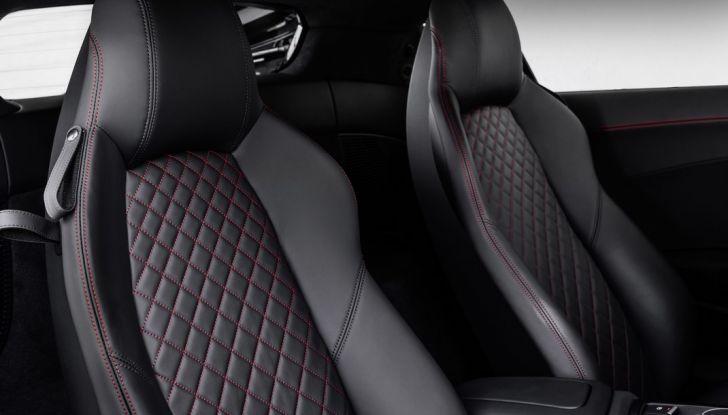 Audi R8 V10 plus sedili