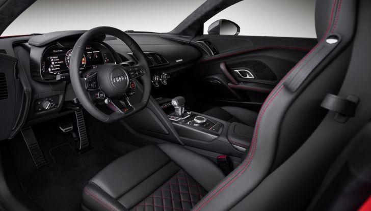 Audi R8 V10 plus postazione guida