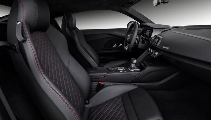 Audi R8 V10 plus dettaglio interno