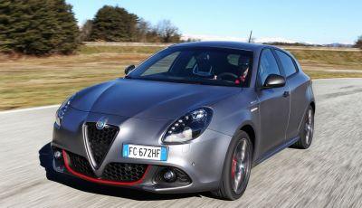 Alfa Romeo Giulietta con nuovi sistemi Uconnect LIVE e Alfa Performance