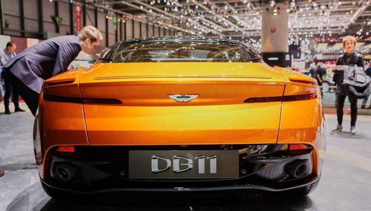 Aston Martin DB11 al Salone di Ginevra - Foto 12 di 30
