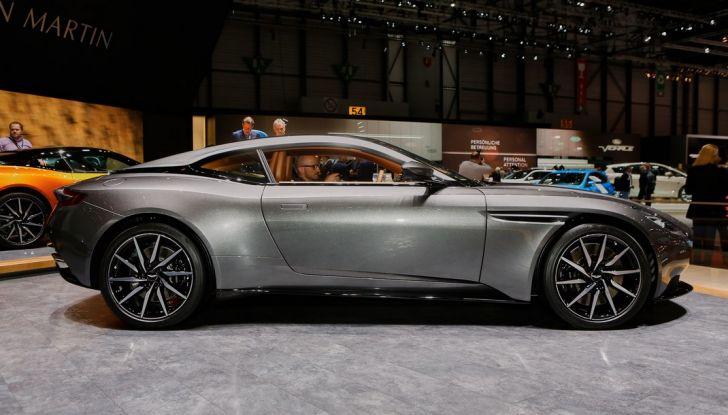 Aston Martin DB11 al Salone di Ginevra - Foto 23 di 30