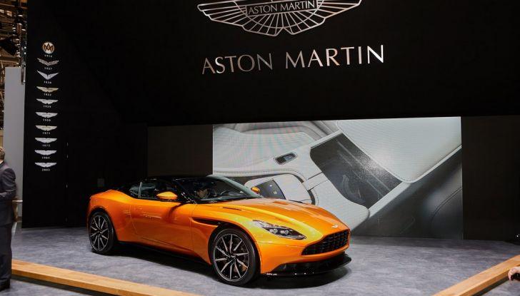 Aston Martin DB11 al Salone di Ginevra - Foto 7 di 30