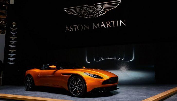 Aston Martin DB11 al Salone di Ginevra - Foto 8 di 30